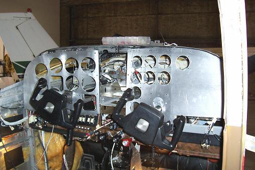 ProAv Avionics - Harry Clever Field